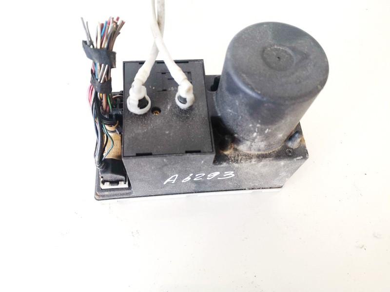 Central Locking Pump Audi A3 2000    1.9 8l0862257
