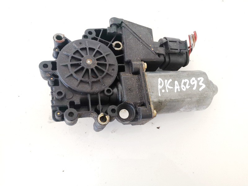 Duru lango pakelejo varikliukas P.K. Audi A3 2000    1.9 114181101