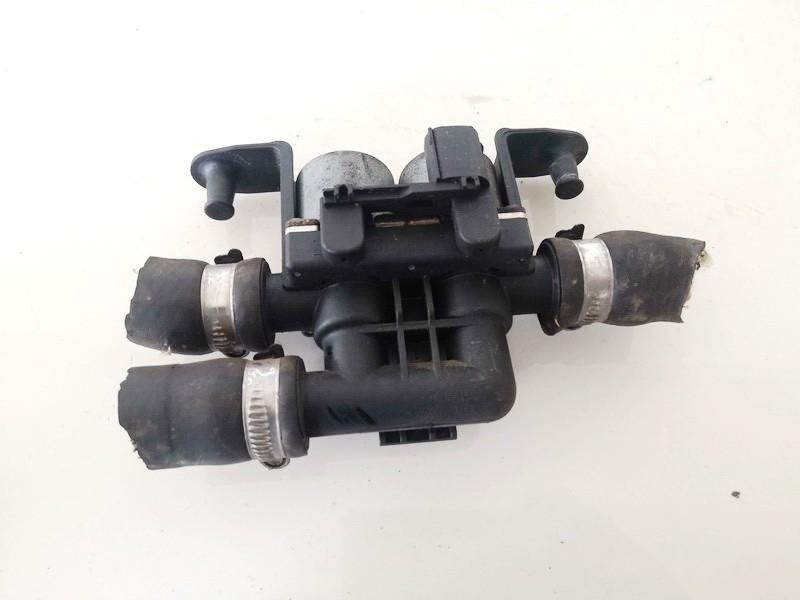 Tosolo peciuko voztuvai (vandens voztuvas) (kiausiniai) BMW X5 2003    3.0 6411690665203