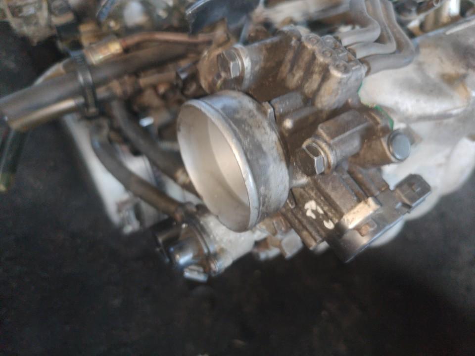 Droseline sklende Mitsubishi Carisma 1998    1.6 used