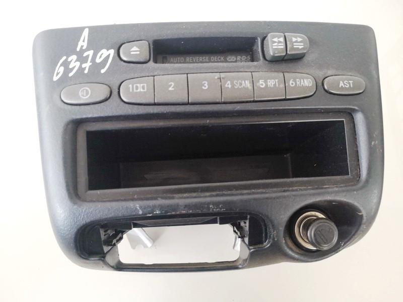 Autoradio Toyota Yaris Verso 2001    1.3 8612052020