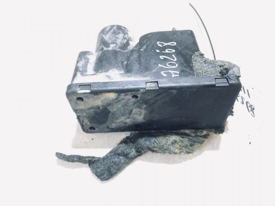 Central Locking Pump Audi 80 1990    1.8 443862257e