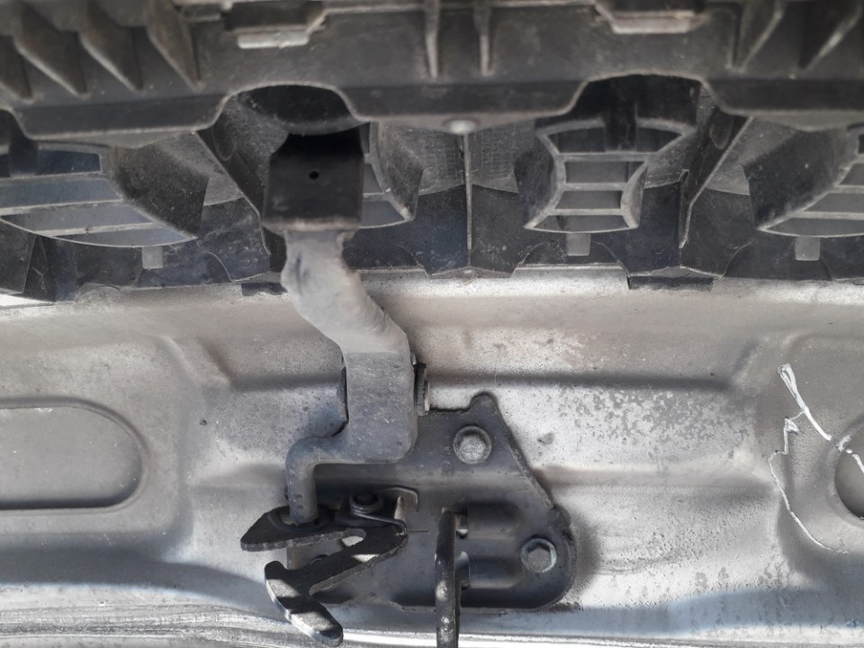 Hood Release Handle Audi  A4