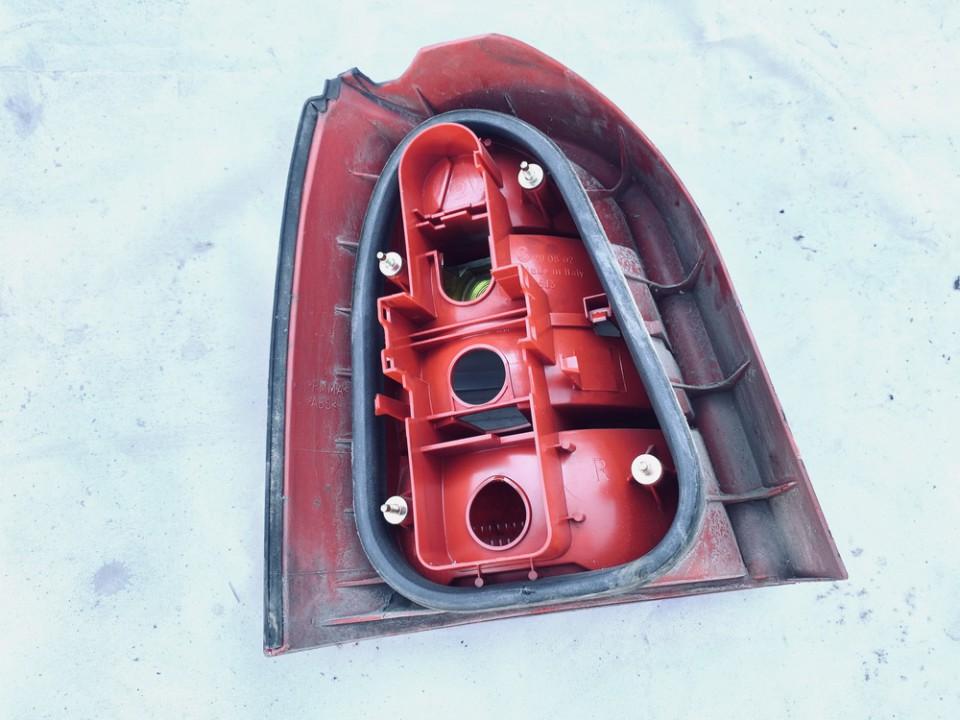 Galinis Zibintas G.D. Audi A4 2000    1.9 8d9945096c