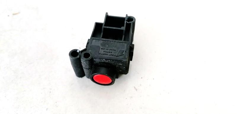 Inertia fuel cut off switch (FUEL CUT OFF SWITCH) Jaguar S-Type 2001    3.0 WX4T9341AA