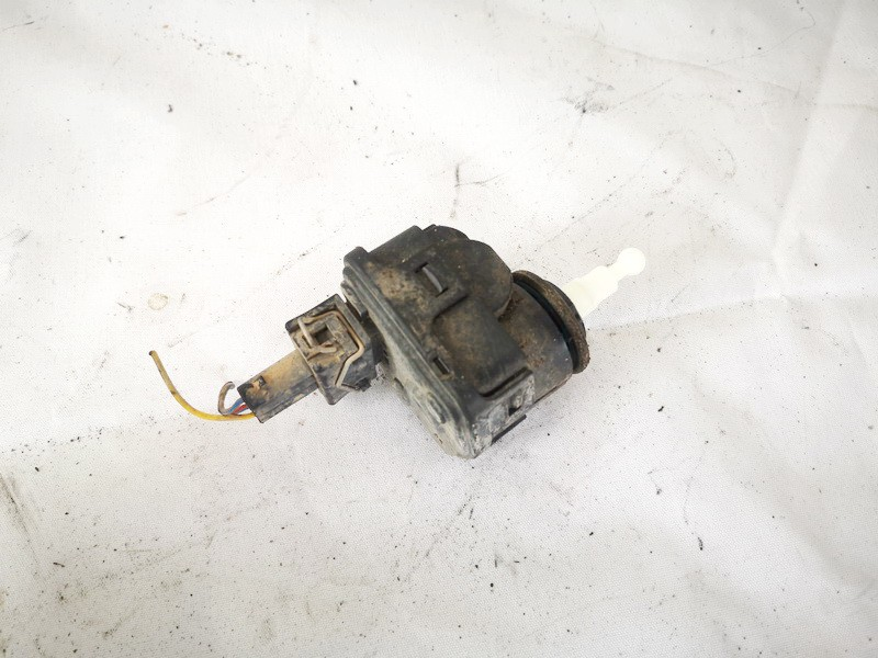 Headlighth Levell Range Adjustment Motor Volkswagen Vento 1995    1.9 1h0941295c