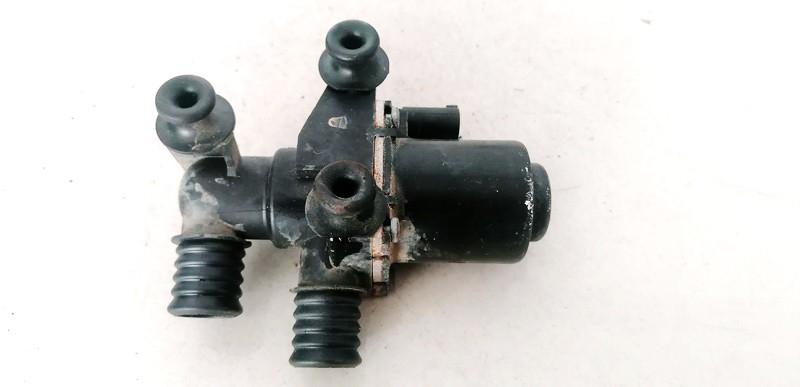 Tosolo peciuko voztuvai (vandens voztuvas) (kiausiniai) BMW 5-Series 2003    2.2 6411692022602