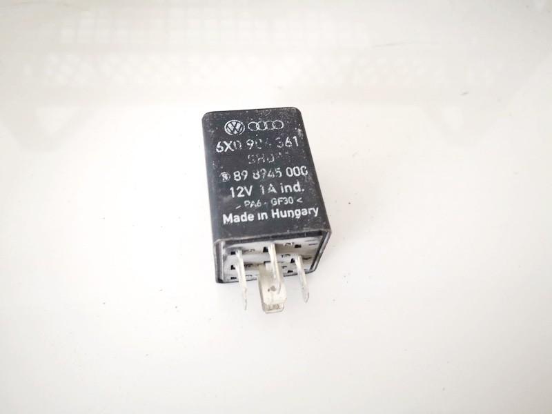 Seat  Arosa Relay module