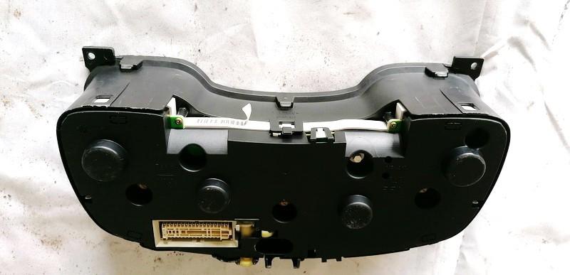 Spidometras - prietaisu skydelis Opel Astra 1999    2.0 90561451