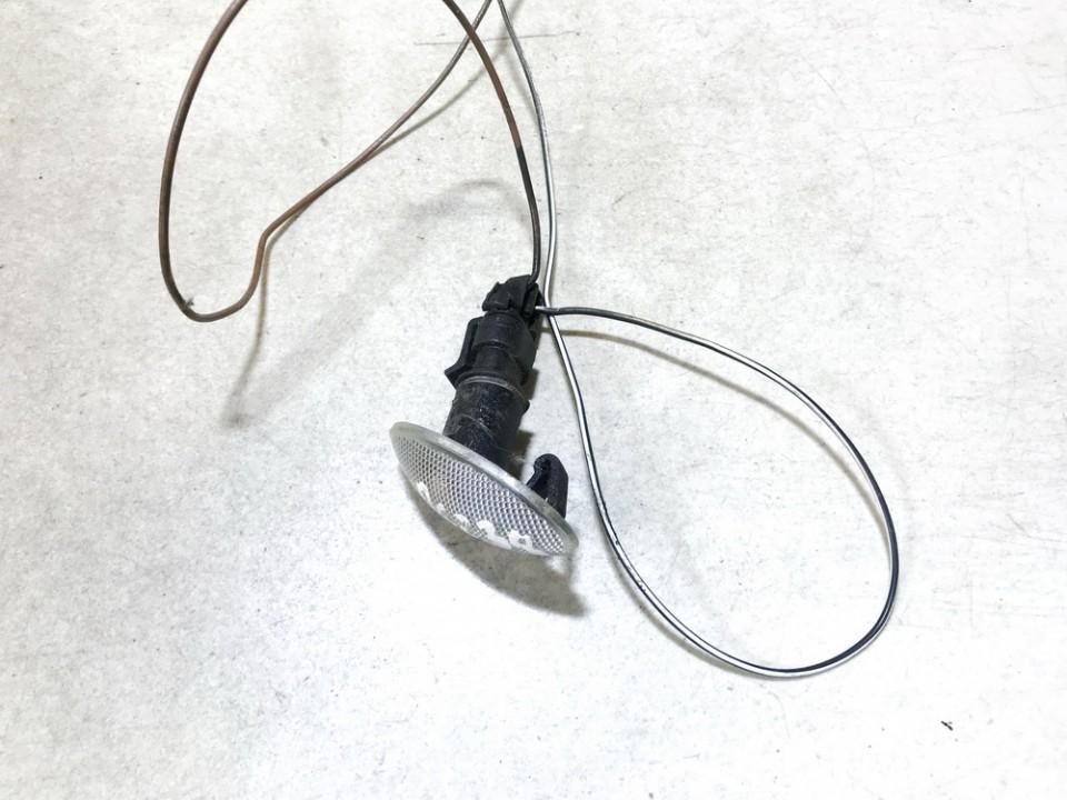 Posukis sparne P.D. Opel Meriva 2004    1.6 90386318