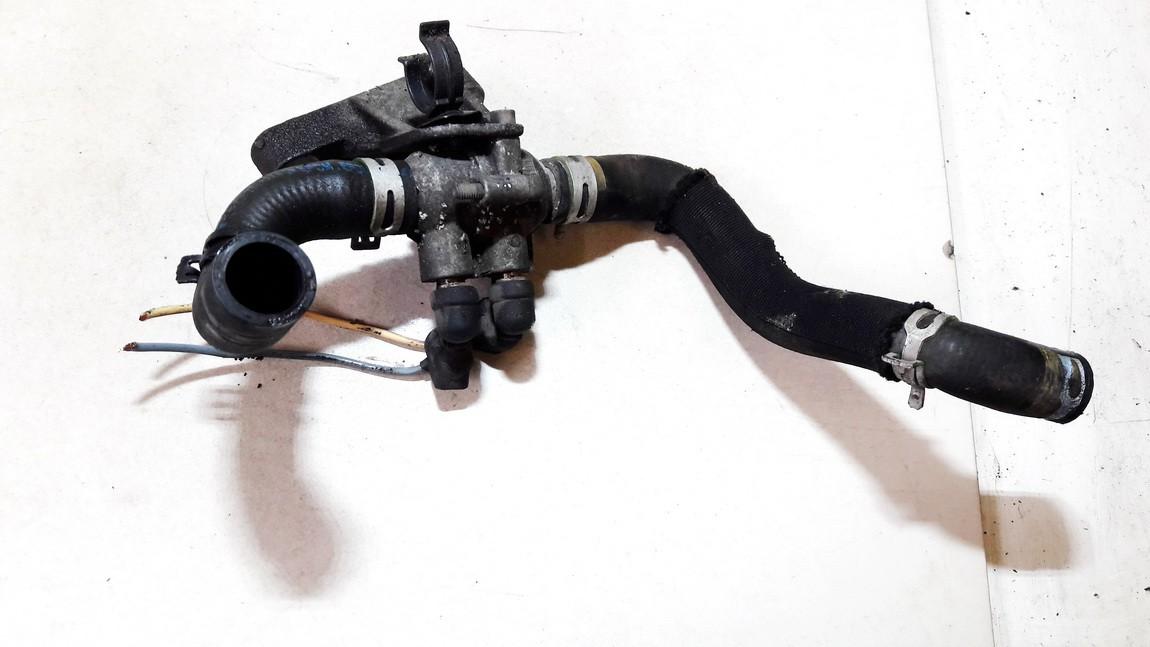 Ausinimo skyscio pasildytojas (Vandens sildytuvas) Peugeot 206 2002    2.0 used