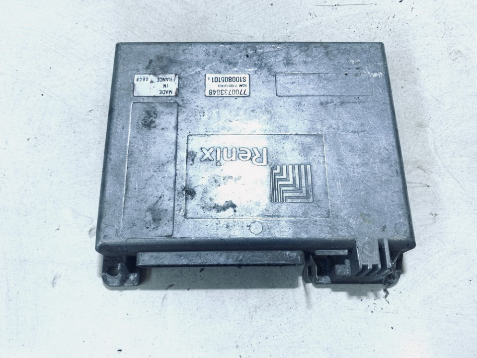 Variklio kompiuteris Renault 21 1985    2.0 7700733848