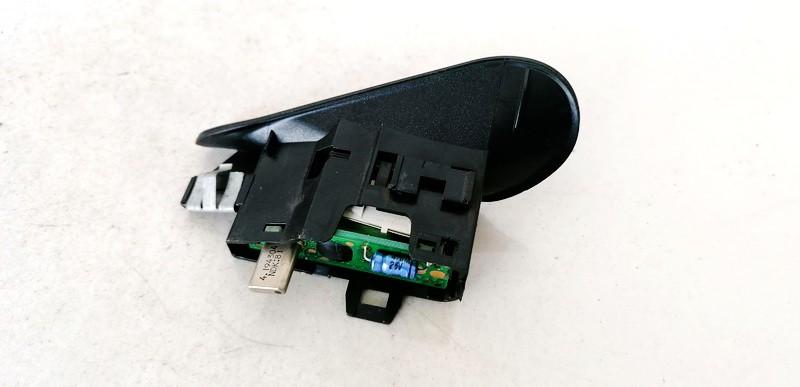 Dashboard Radio Display (Clock,Info Monitor,BORD COMPUTER) Peugeot 406 1998    2.0 USED
