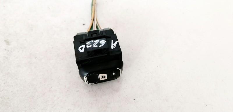 Stiklo valdymo mygtukas (lango pakeliko mygtukai) Citroen Berlingo 2000    2.0 USED