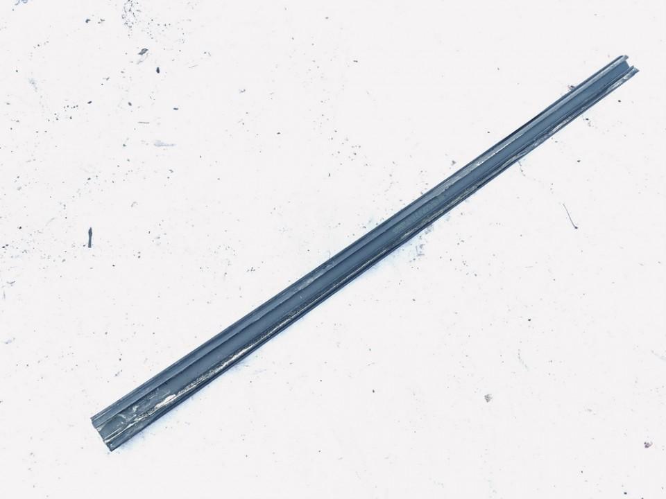Duru stiklo juostele G.D. Volvo V70 2002    2.4 39968783