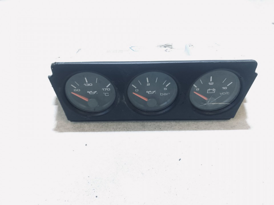 Spidometras - prietaisu skydelis Audi 80 1994    0.0 8a1919214