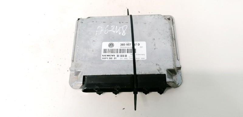 Variklio kompiuteris Volkswagen Passat 1997    1.6 3B0907557D