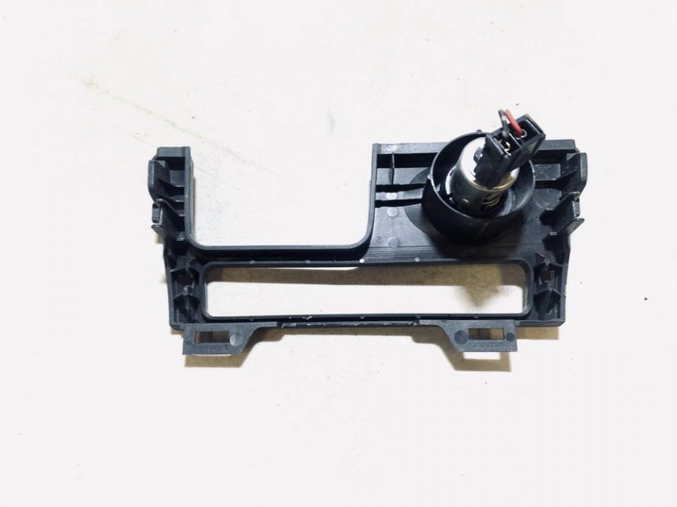 Cigareciu pridegiklis (prikurke) Nissan Almera 2005    1.5 used