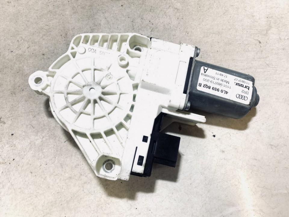 Duru lango pakelejo varikliukas P.D. Audi Q7 2007    3.0 4l0959802b