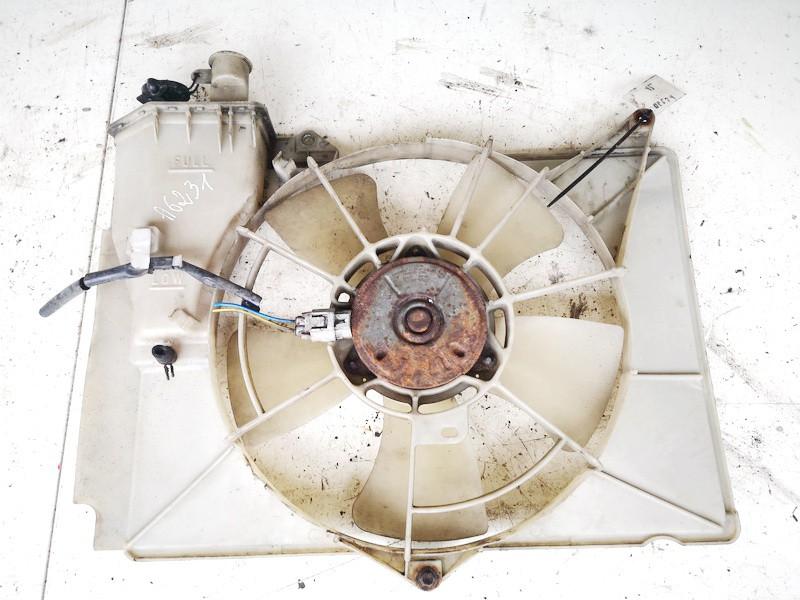 Difuzorius (radiatoriaus ventiliatorius) Toyota Yaris Verso 2001    1.4 used