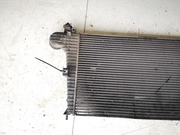 Interkulerio radiatorius SAAB 9-5 2000    2.0 used