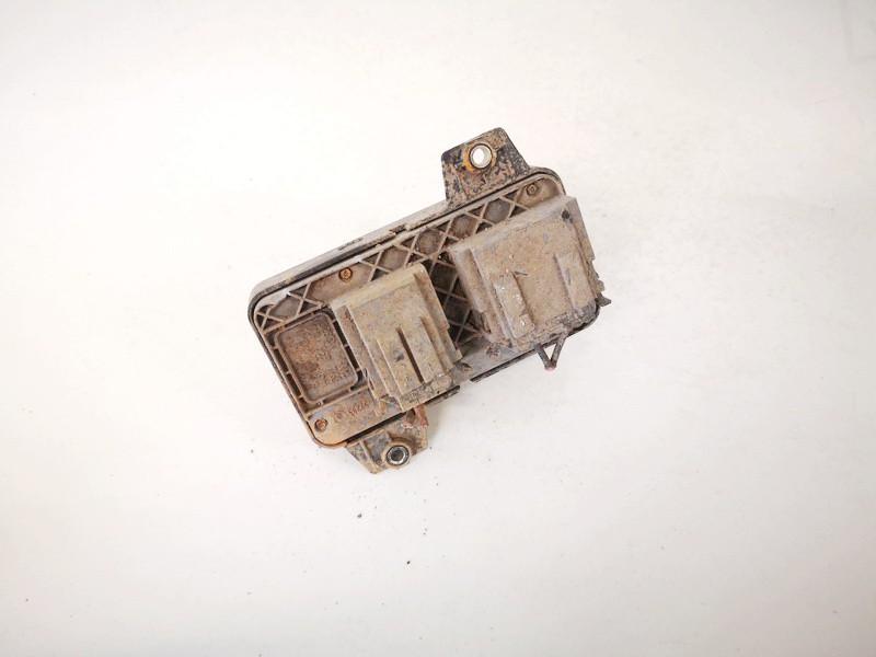 Sedynes kontroles mygtukas Audi A6 2002    2.5 8l0959765