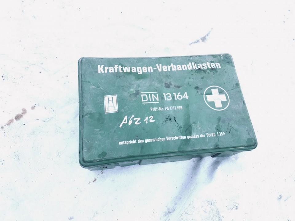 First Aid Kit Volkswagen Vento 1995    1.9 13164