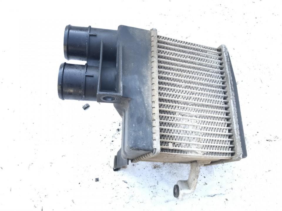 Interkulerio radiatorius Mitsubishi Carisma 1997    1.9 used