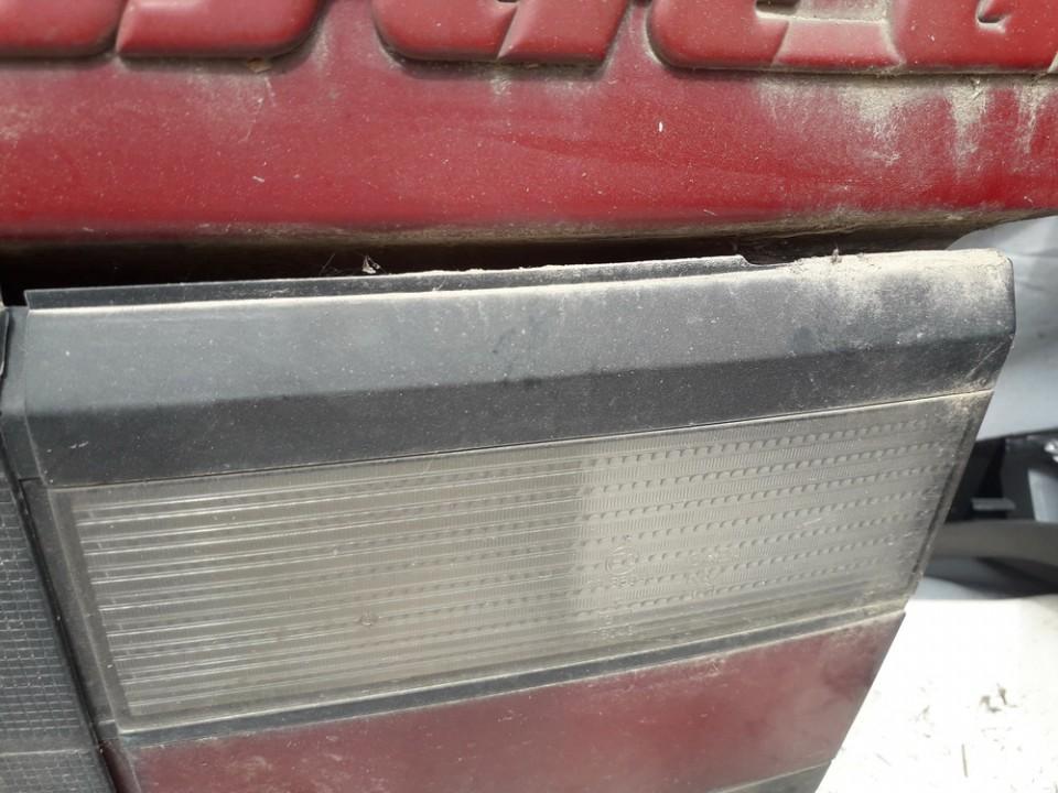 Galinio Dangcio zibintas G.D. (kapoto) Volkswagen Passat 1991    1.8 USED