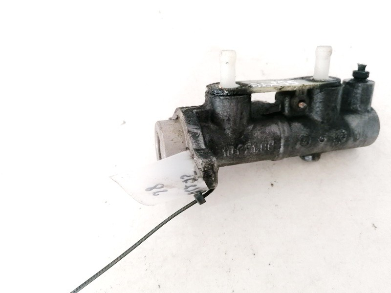 Pagrindinis stabdziu cilindras Mitsubishi Space Star 2003    1.9 21027199