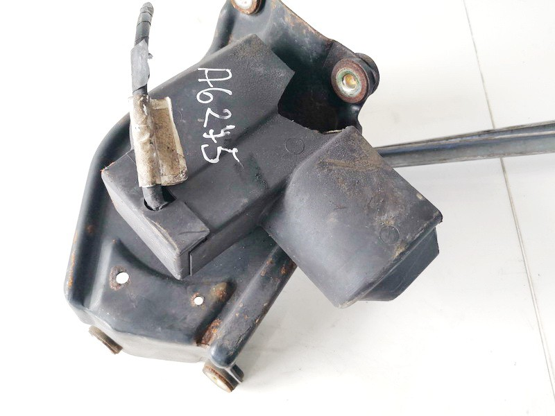 windscreen front wiper motor Mitsubishi Space Star 2003    1.9 used