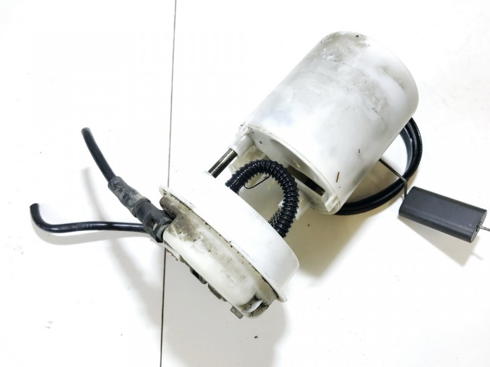 Electric Fuel pump Mitsubishi Carisma 1997    1.9 09750409902