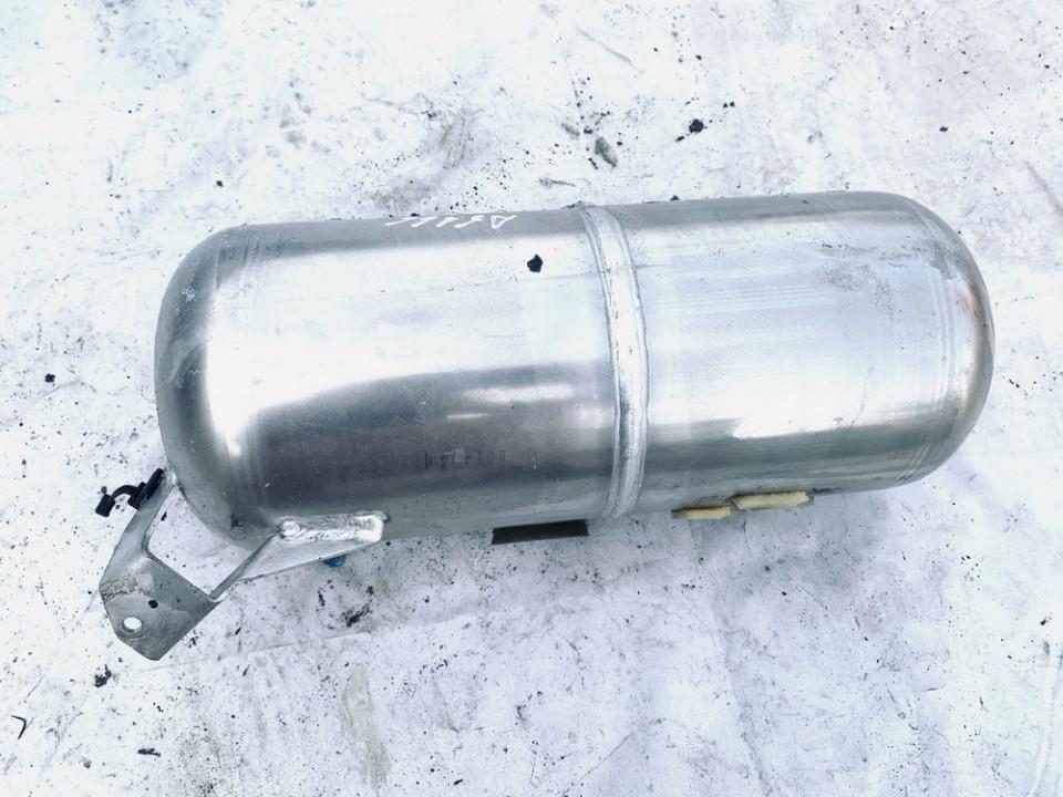 Vacuum Air Tank - Air pressure accumulator Audi Q7 2007    3.0 7l8616202a