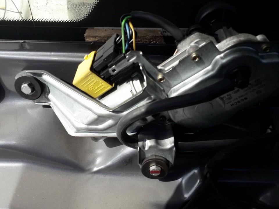 Galinio lango valytuvu varikliukas Mercedes-Benz C-CLASS 1998    2.2 A2028201908