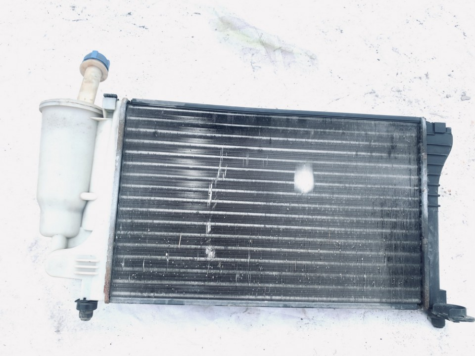Vandens radiatorius (ausinimo radiatorius) Fiat Panda 2004    1.1 used