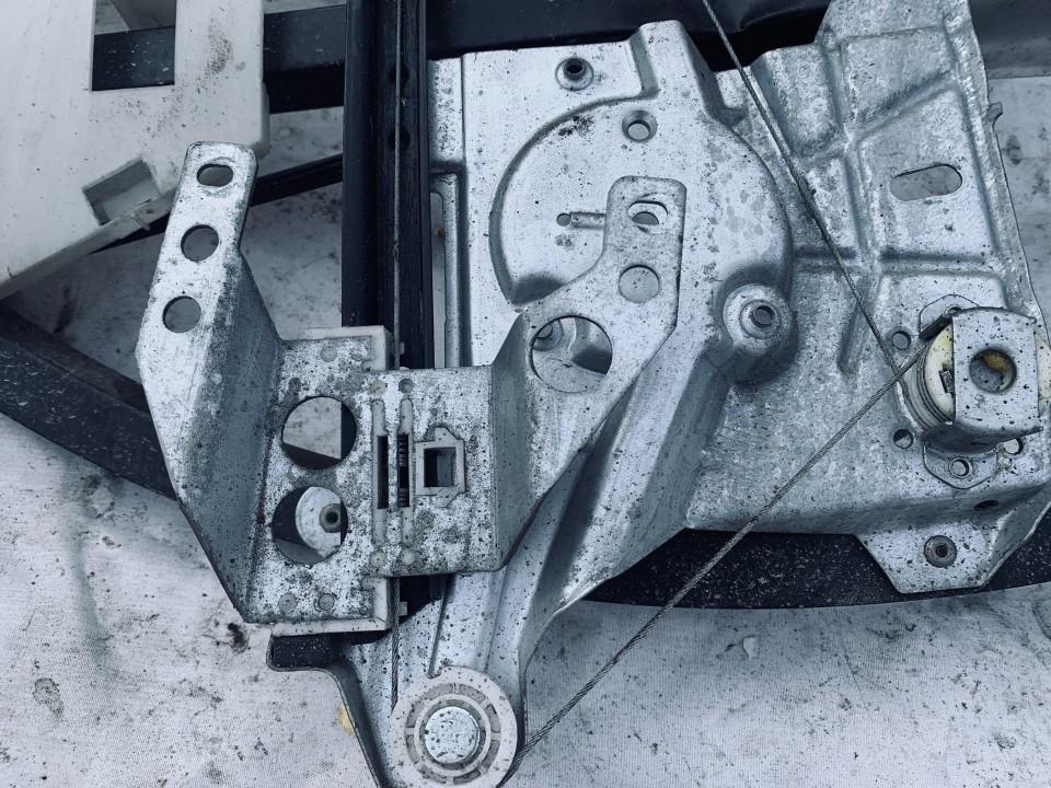 Duru lango pakelejas G.D. Audi A4 2000    1.9 8d839400a