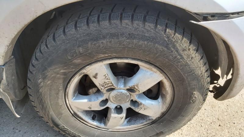 used Used Wheels kit R16 Kia Sorento 2006 2.5L 180EUR EIS01138403