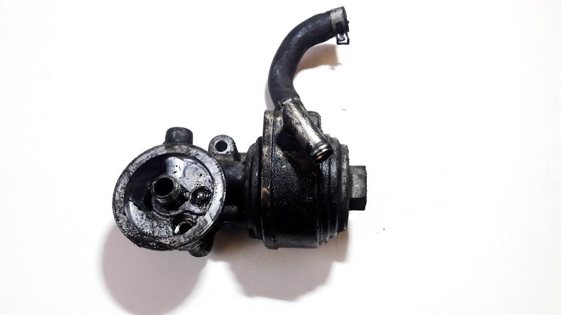 Tepalo filtro laikiklis Nissan Primera 1995    2.0 used