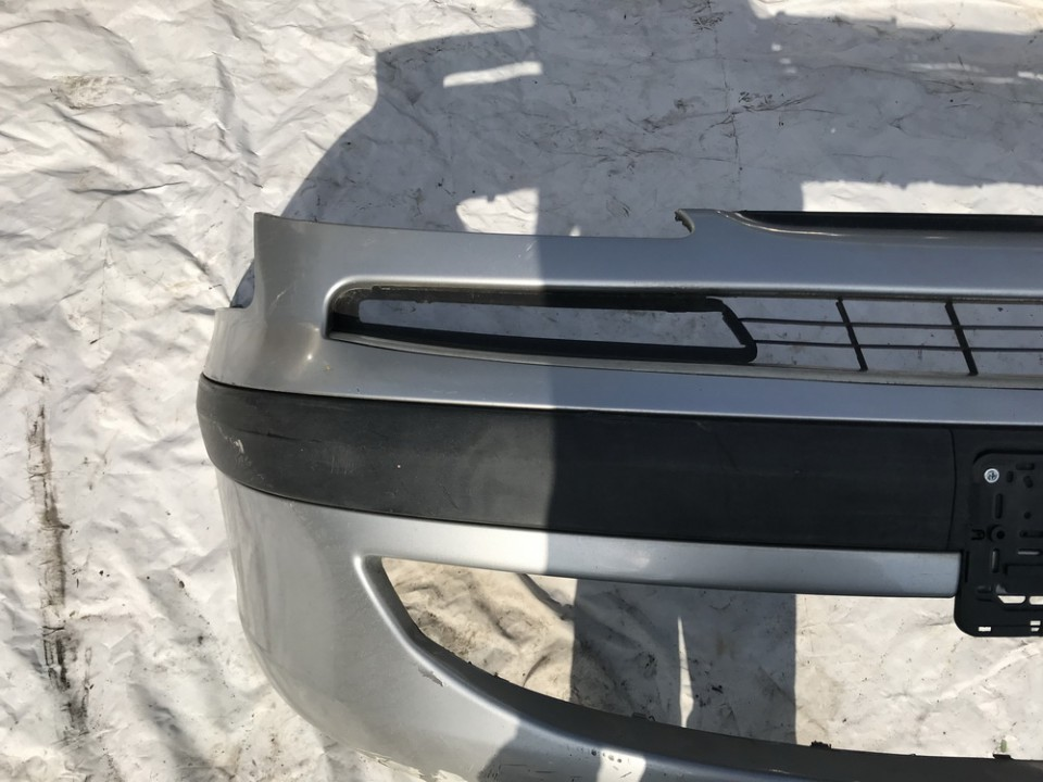 Bamperio moldingas P.D. Peugeot 807 2005    2.2 used