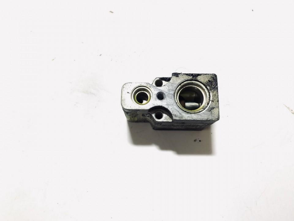 Expansion Valve, air conditioning Volkswagen Bora 2002    1.9 1j1820103b
