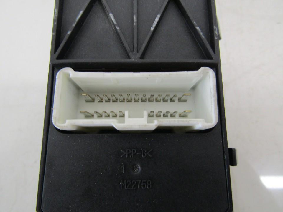 C8HHA4GF93 C8H-HA4G-F93,20Y3D1,35750,SEG-GO1 Power window control (Window Regulator-Window Switch) Honda Accord 2004 2.2L 45EUR EIS01139447