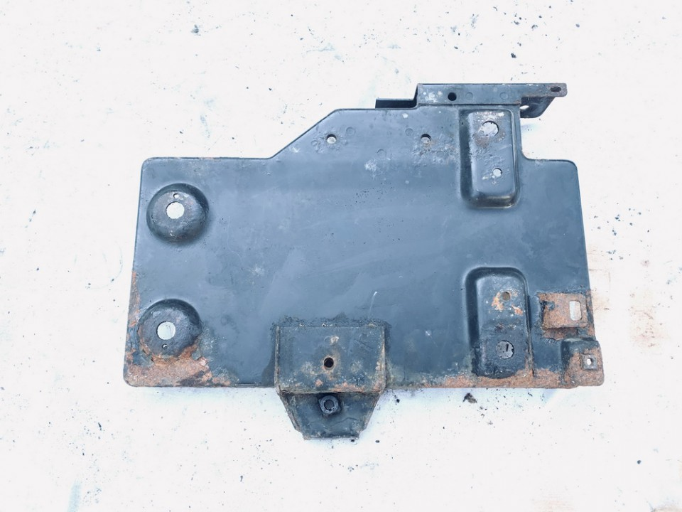 Battery Boxes - Trays Volkswagen Sharan 2001    1.9 used