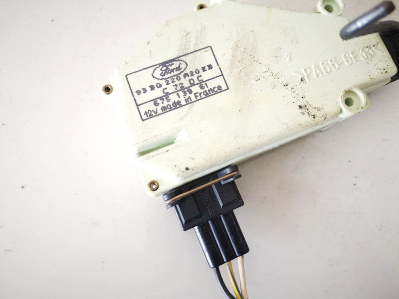 Central locking motor Ford Mondeo 1996    2.0 93bg220a20eb