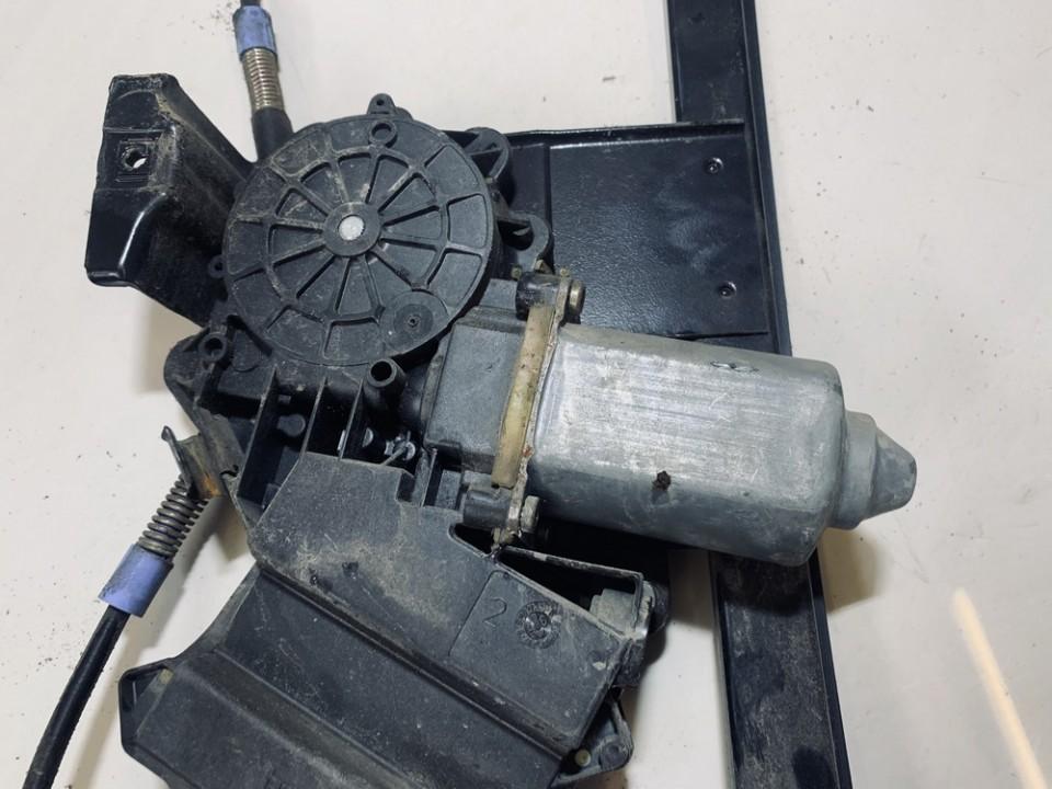 Duru lango pakelejo varikliukas G.D. Volkswagen Golf 1998    1.9 1h4959812b