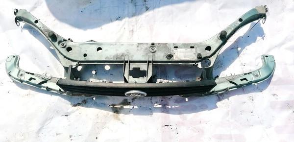 Televizorius (remas) P. Ford Focus 2000    1.8 USED