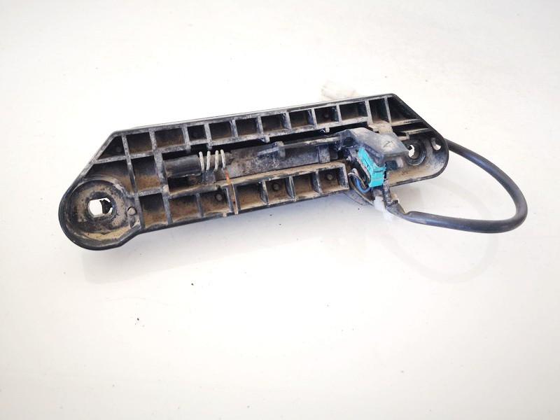 Galinio dangcio atidarymo rankenele isorine  (mikrikas) Toyota Avensis Verso 2002    2.0 used