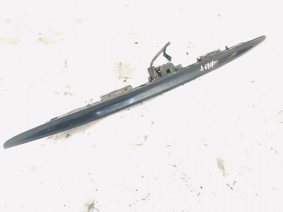 Galinio dangcio isorine apdaila (numerio apsvietimas) BMW 3-Series 2003    2.0 8208781