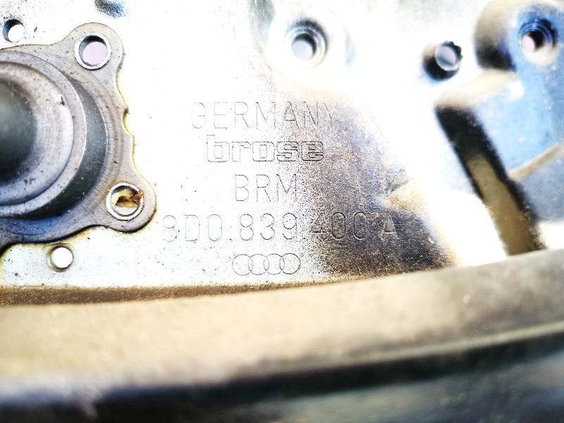 Duru lango pakelejas G.D. Audi A4 1995    1.6 8d0839400a