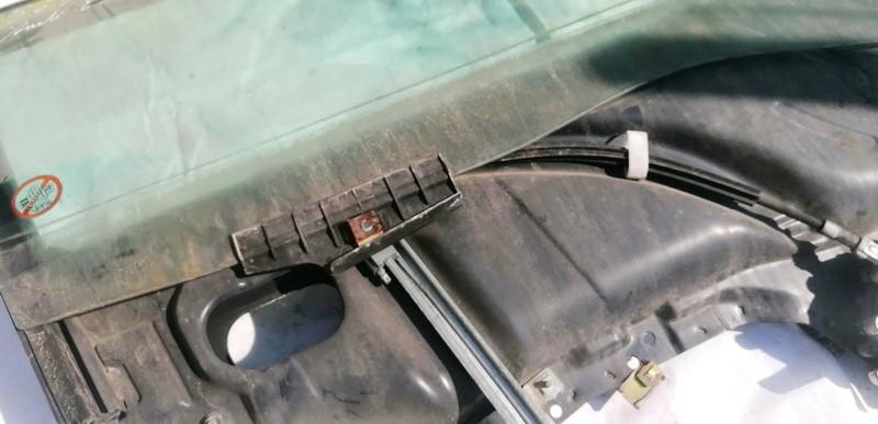Duru lango pakelejas P.D. Audi 80 1994    1.6 USED