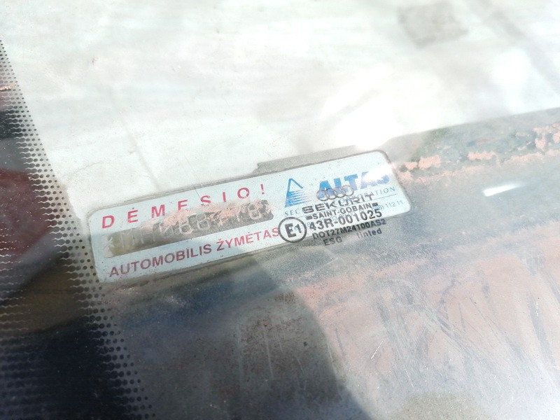Duru stiklas P.D. Audi 80 1990    1.8 USED